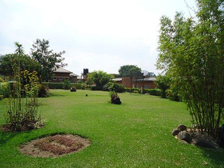 garden-Muhabura-Hotel-1024x768